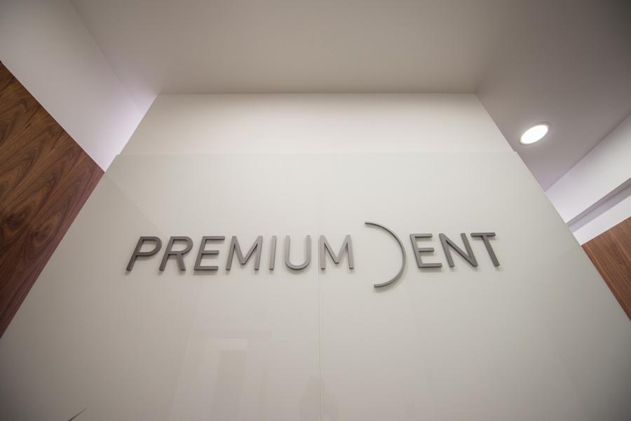 vizualni identitet poliklinika premium dent